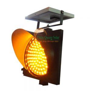 Đèn chớp vàng D300